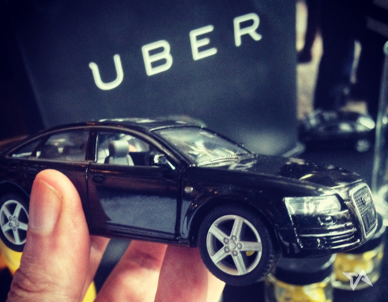 Uber-picks-a-Chinese-name-as-it-officially-launches-in-China-2