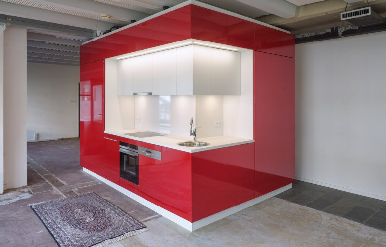 hub-rotterdam-kraaijvanger-modular-kitchen-bathroom-unit_dezeen_1568_0_0