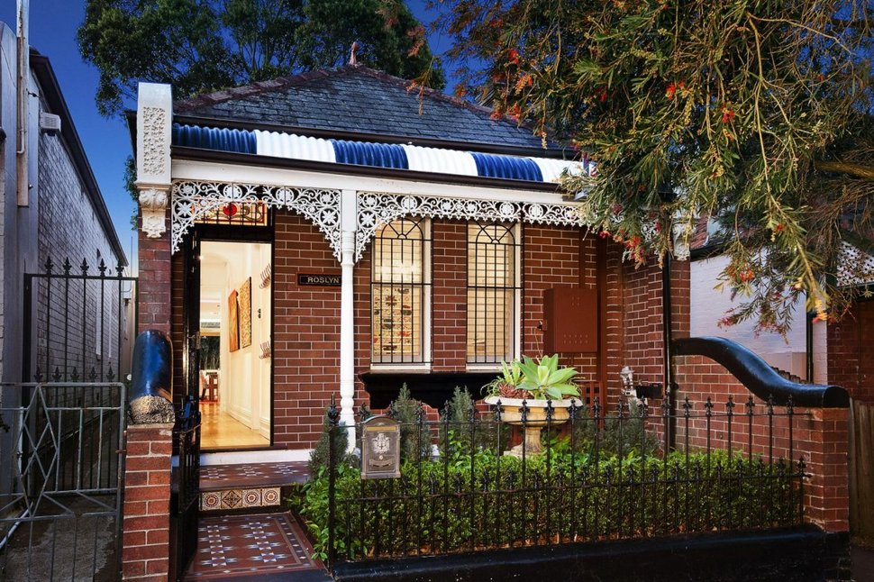 Heritage-home-is-reinvented-with-a-contemporary-renovation-1-facade-thumb-970xauto-15395